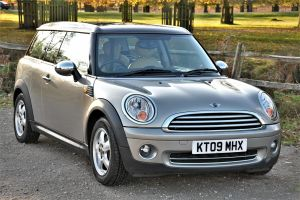 Used MINI CLUBMAN in Hampton Court, Surrey for sale