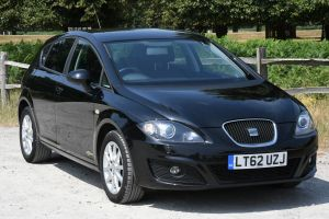 Used SEAT LEON in Hampton Court, Surrey for sale