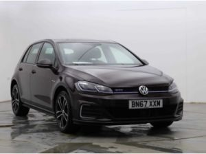 Used VOLKSWAGEN GOLF in Hampton Court, Surrey for sale