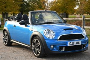 Used MINI CONVERTIBLE in Hampton Court, Surrey for sale