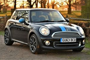 Used MINI HATCH in Hampton Court, Surrey for sale