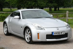 Used NISSAN 350 Z in Hampton Court, Surrey for sale